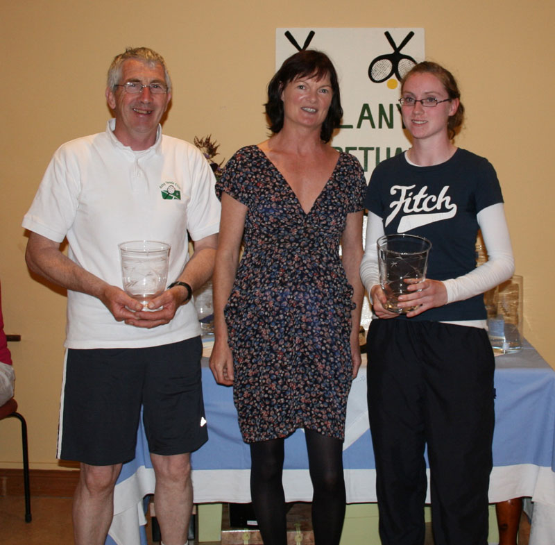 ATC Delany Perpetual Challenge Cup 2011 - B section Runner up: Eddie Brien (Athy), Caitriona Ni Fhlaithearta (president), Siobhan Fennelly (Abbeyleix)