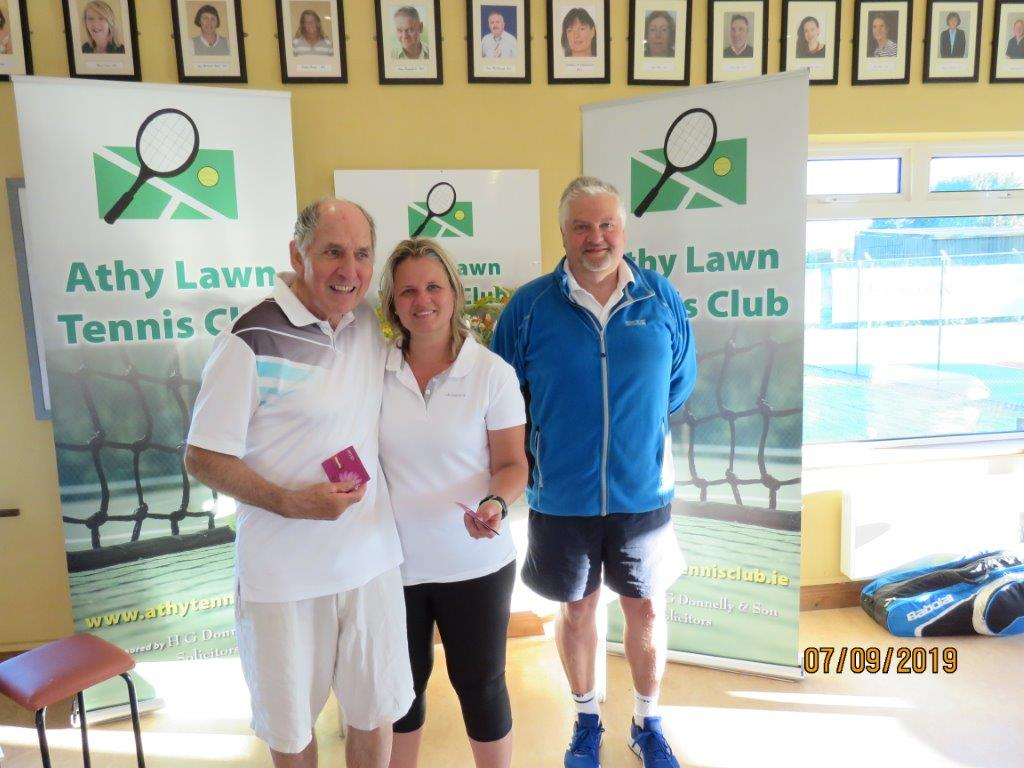 Group 3 Runner Up- Martin Farrell, club president Colin Braithwaite & Anita Beaumount